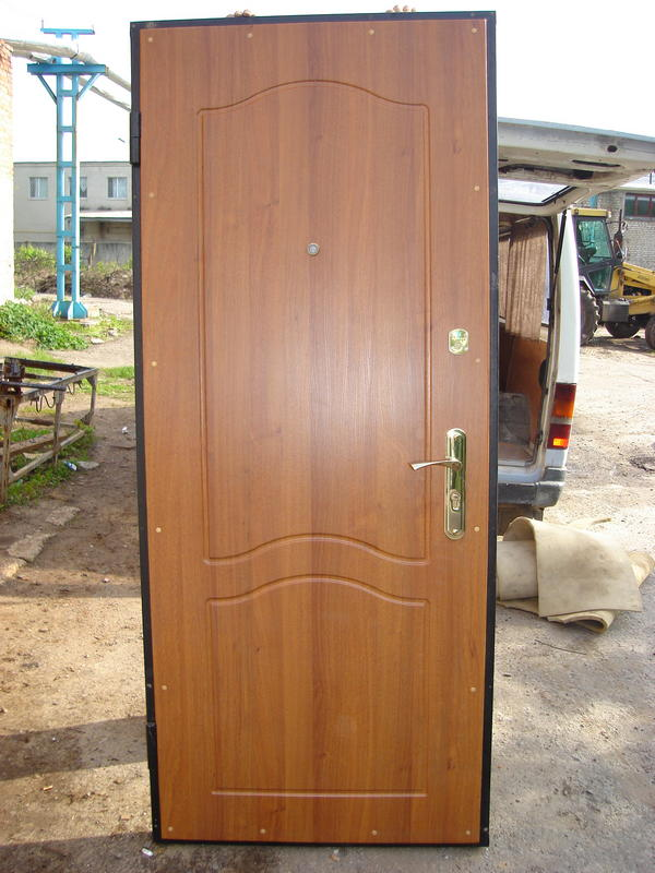 железный лист дверь